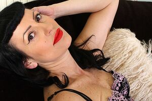 Horny burlesque MILF playing with themselves