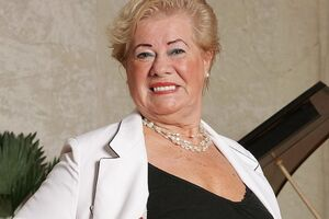 Horny grandma plays her own hospitable of music